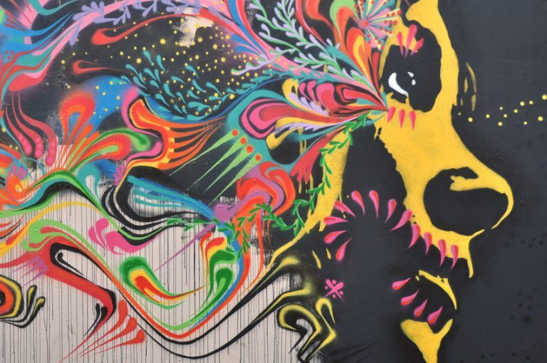 9 Super Creative Street Art Pieces